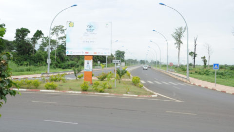 Access road to the VIP lounge and Malabo – Elanguema highway